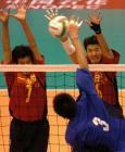 图文:十运会排球 施海荣决赛中拦网