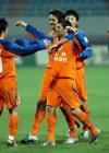图文:山东鲁能4-2北京现代 泰山队球员庆祝