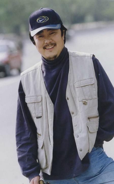 预告 沉默的远山 导演编剧27日做客搜狐