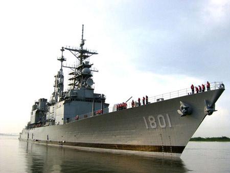 """台军叫嚣:外购""""基德""""舰实力超过解放军战舰"""