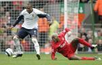 图文:利物浦2-0胜西汉姆联 西塞带球被抢断