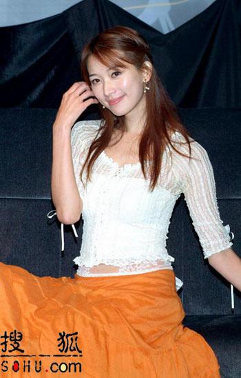 林志玲宣布复出五度落泪 娇嗔咪咪正害羞中