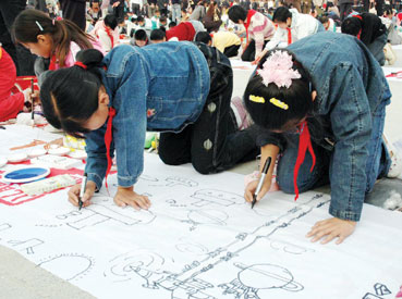 神舟十号飞船儿童画; 我的中国梦儿童画