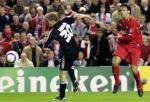 图文:利物浦vs安德莱赫特 莫伦特斯在比赛中