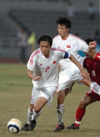 图文:东亚运动会中国男足夺冠