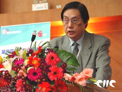 参会嘉宾:人民网总裁何加正(图)