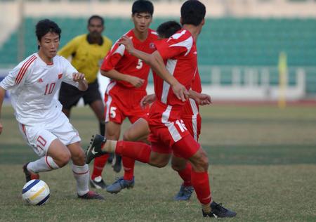 图文:东亚运中国男足夺冠