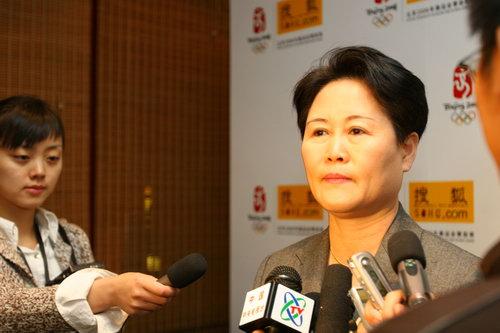 组图:北京奥组委市场开发部部长袁斌女士专访