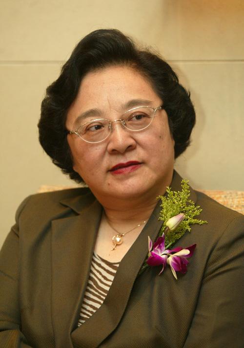 参会嘉宾:第29届奥运会科学技术委员会主席、北京市人大常委会副主任林文漪(图)