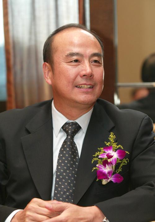参会嘉宾:北京奥组委执行副主席兼秘书长王伟(图)