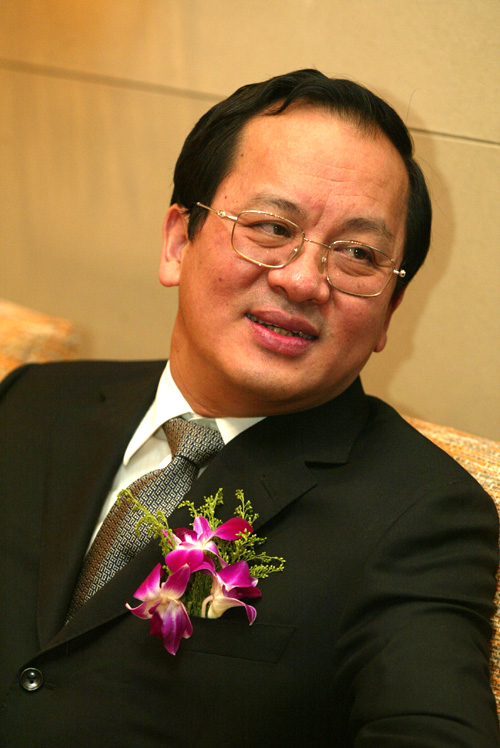 参会嘉宾:中共北京市海淀区委员会书记谭维克(图)