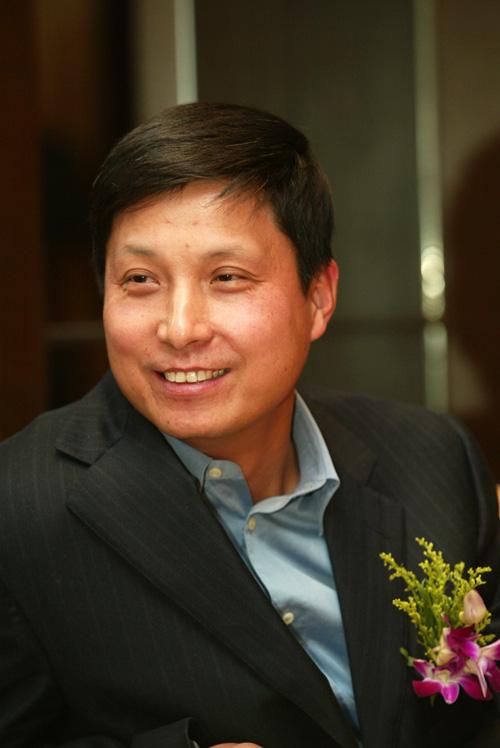 参会嘉宾:中国移动通信集团公司副总裁鲁向东(图)