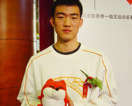 搜狐体育VS王博:感谢网友 发挥优势返中国男篮