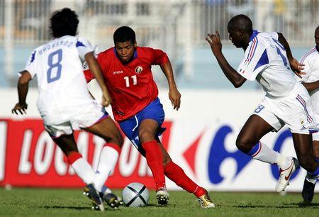 图文:法国3-2逆转哥斯达黎加 戈麦斯突破