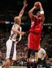 图文:NBA常规赛网队VS火箭  麦蒂复出无人能敌