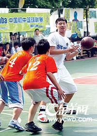 少年NBA初中篮球联赛:七中成为广州冠军(图)