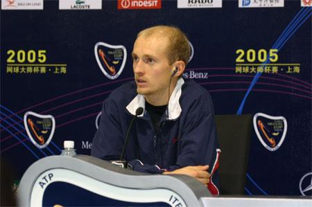 达维登科感慨2005赛季 戏言费德勒能在冰上打球