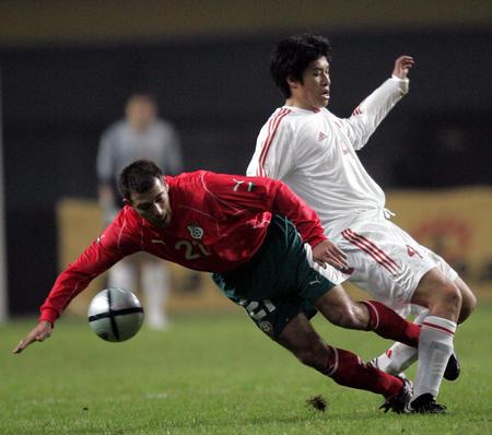 图文:男足友谊赛战平保加利亚