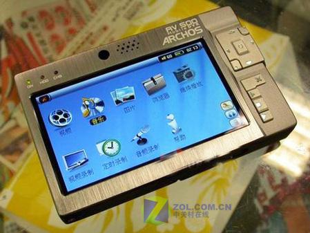 最强夏普屏MP4驾到 爱可视AV500上市