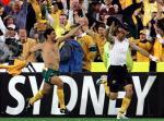 图文:附加赛澳大利亚出线 球员疯狂庆祝