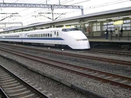 中国高铁日本并未出局 日本转让技术才有市场