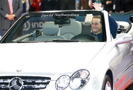 图文:大师杯单打决赛 纳尔班迪安的新座驾