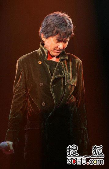 传叶�`文提出离婚 林子祥演唱会后台嚎哭(图)