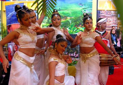 斯里兰卡美女斯里兰卡美少女舞姿婆娑