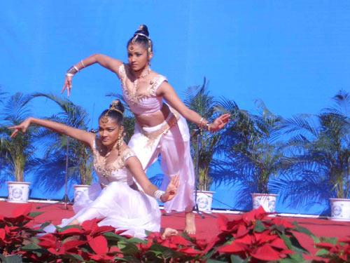 斯里兰卡美少女舞姿婆娑