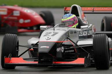 延续基米传奇? 程丛夫竞争对手赢得F1试车机会
