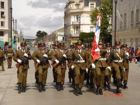 彭塔市选举阅兵