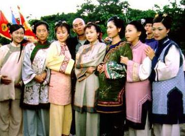90年代                    《鹿鼎记》中的陈小春虽然将韦小宝市井气