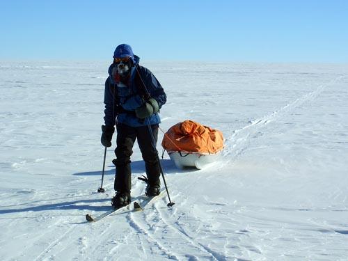 行走在极地的英雄们