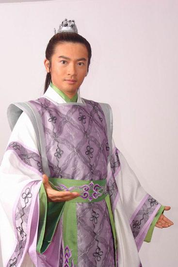 组图:偶像皇帝苏有朋造型