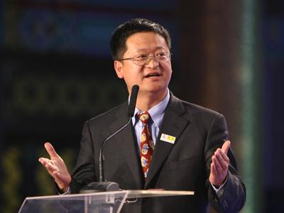 李善友PK周厚健:何时才让中国电视都用中国芯