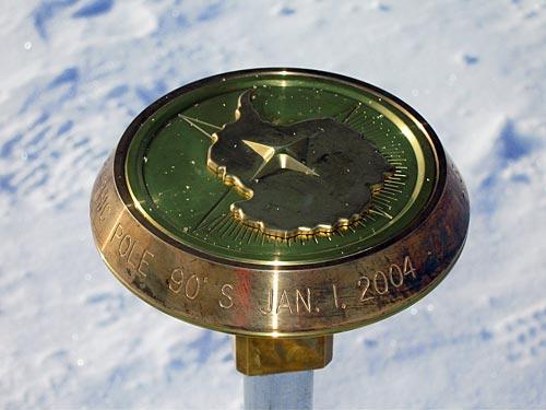 南极点故事:见证南极点测定和设立标志过程
