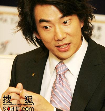 任贤齐出席代言活动 承诺尽快给女友名分(图)