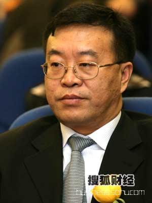图:青岛啤酒股份有限公司 总裁助理,营销管理总部部长 杨华江