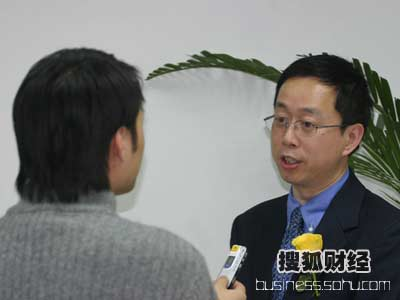 图:采访通用电气(中国)有限公司 公关传播总监 李国威