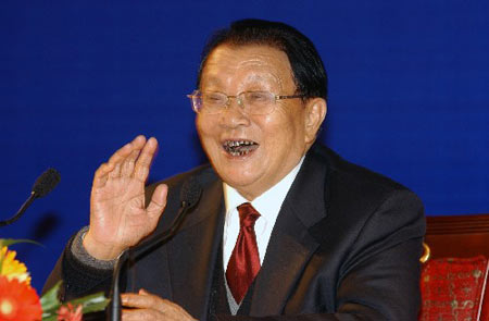 华西村农民新闻发布会:人民幸福就是社会主义