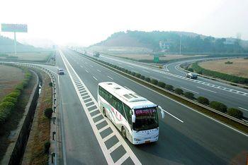 京港澳高速公路_未来长株潭将形成以京珠高速,上瑞高速为主骨架的快速公路网.