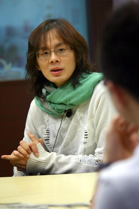 唐磊做客搜狐:《菊花香》比《丁香花》更感人