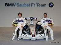 宝马Sauber F1车队用车在Valencia亮相