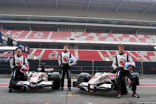 本田发布首款新车RA106 厂商车队开始F1新纪元