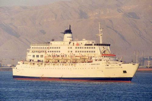 快讯:埃及官员称埃及一载有约1300人游船失踪