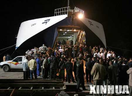埃及失事客轮获救人员增至448人 打捞190具遗体