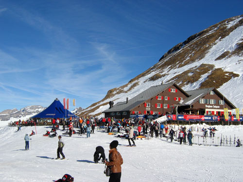 瑞士铁力士山滑雪场现场