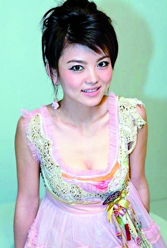被传已离婚 李湘怒斥别人对自己婚姻说三道四