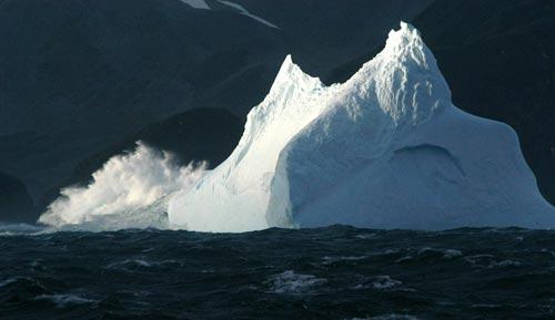 探险队镜头中的南极美景