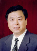 简历:中共广东省委书记张德江